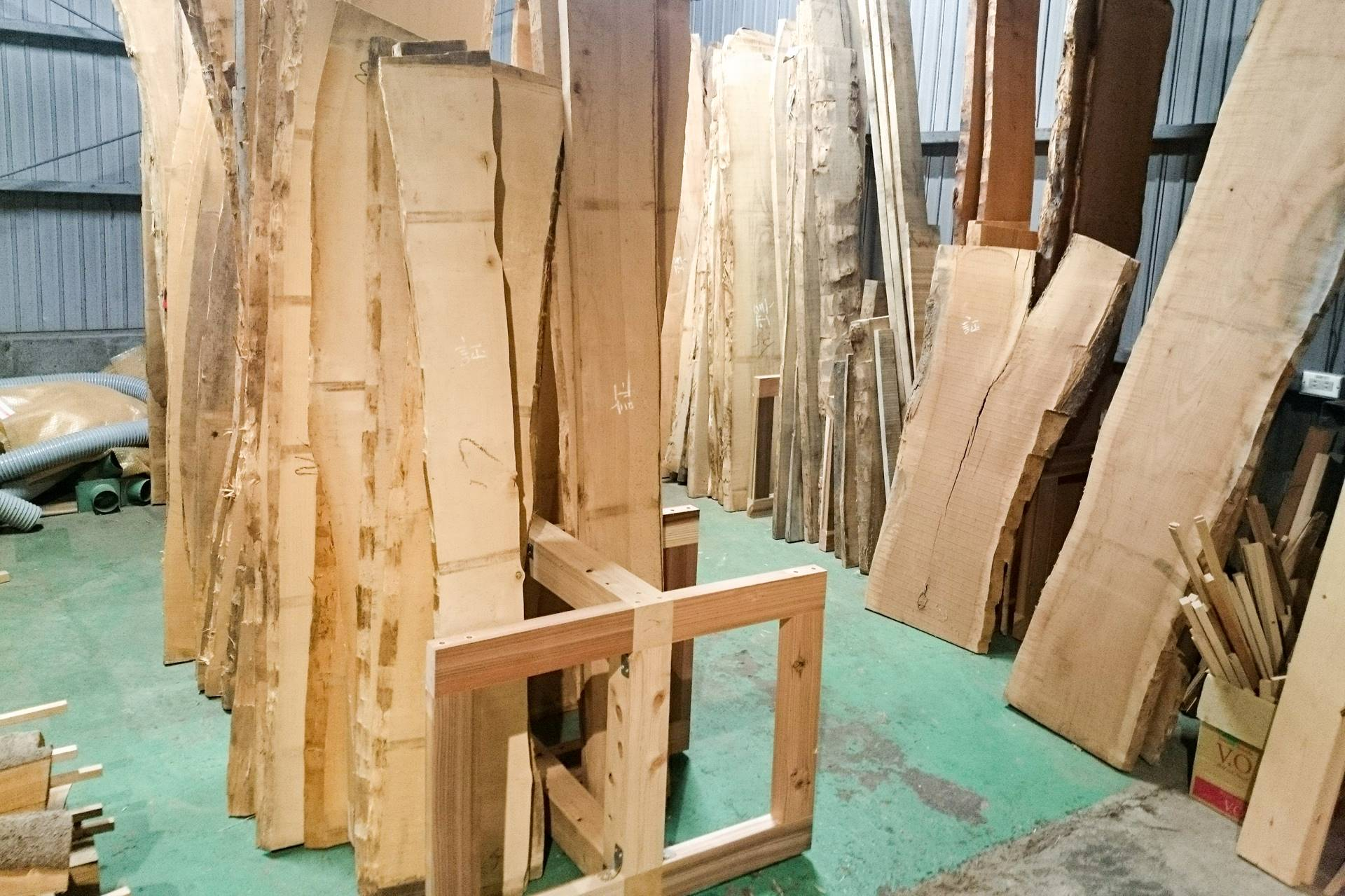 ツバキラボ 木材販売 材料庫