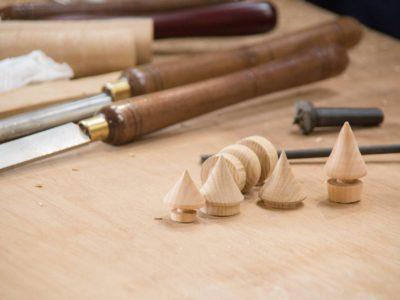 12月の木工旋盤レッスンは定員に達したため申し込みを締め切ります。