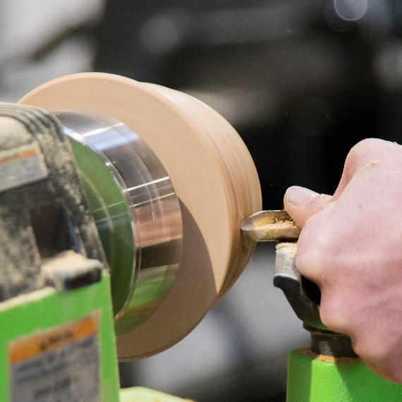 ツバキラボ シェア工房 木工 木工旋盤