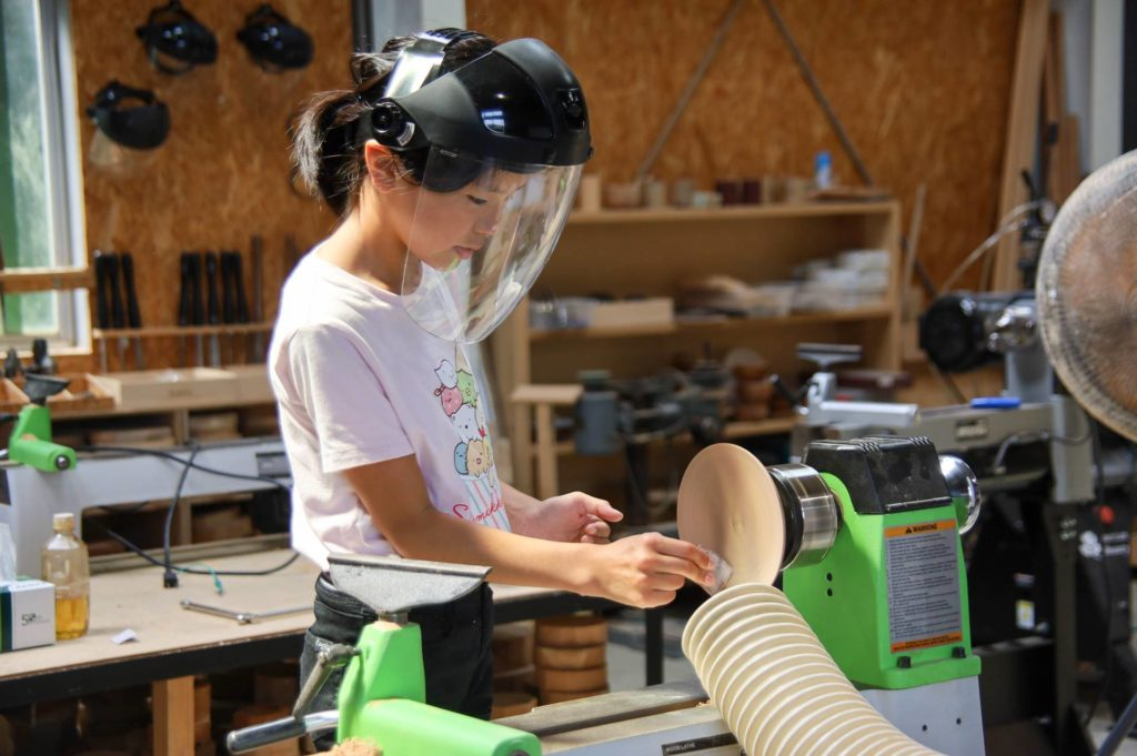 ツバキラボ 木のお皿 ワークショップ ウッドターニング 木工旋盤