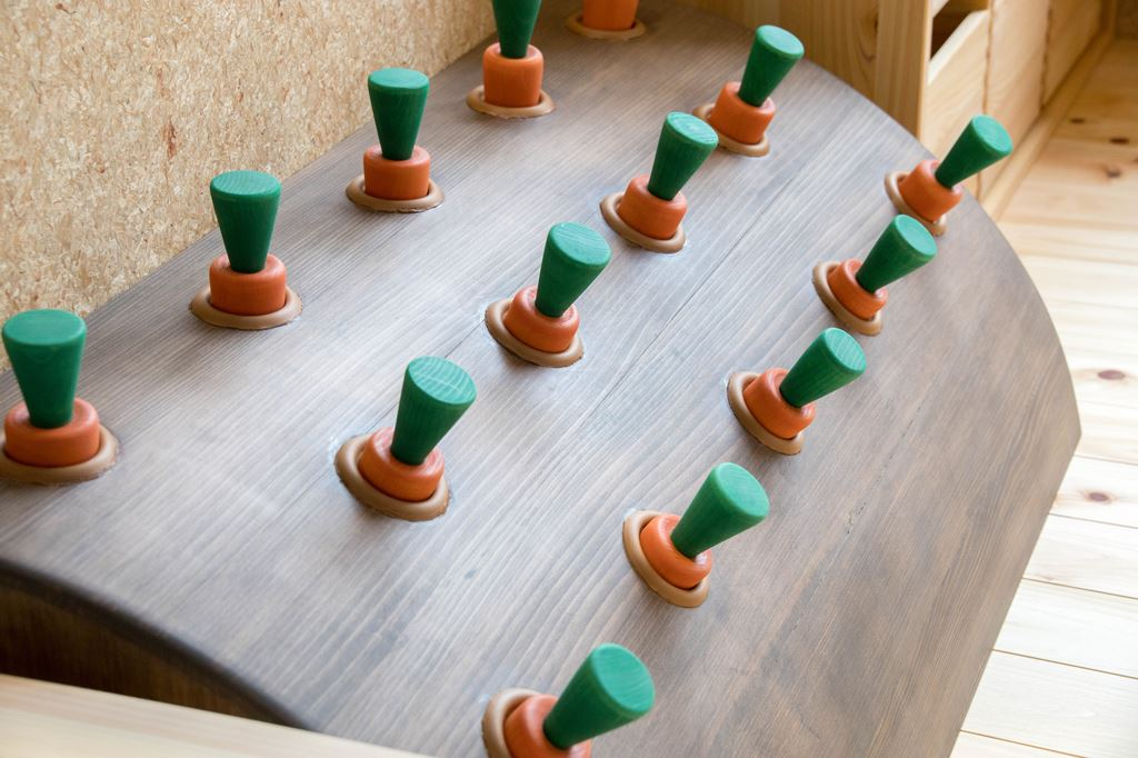 各務原市 市役所 キッズスペース 木製 遊具